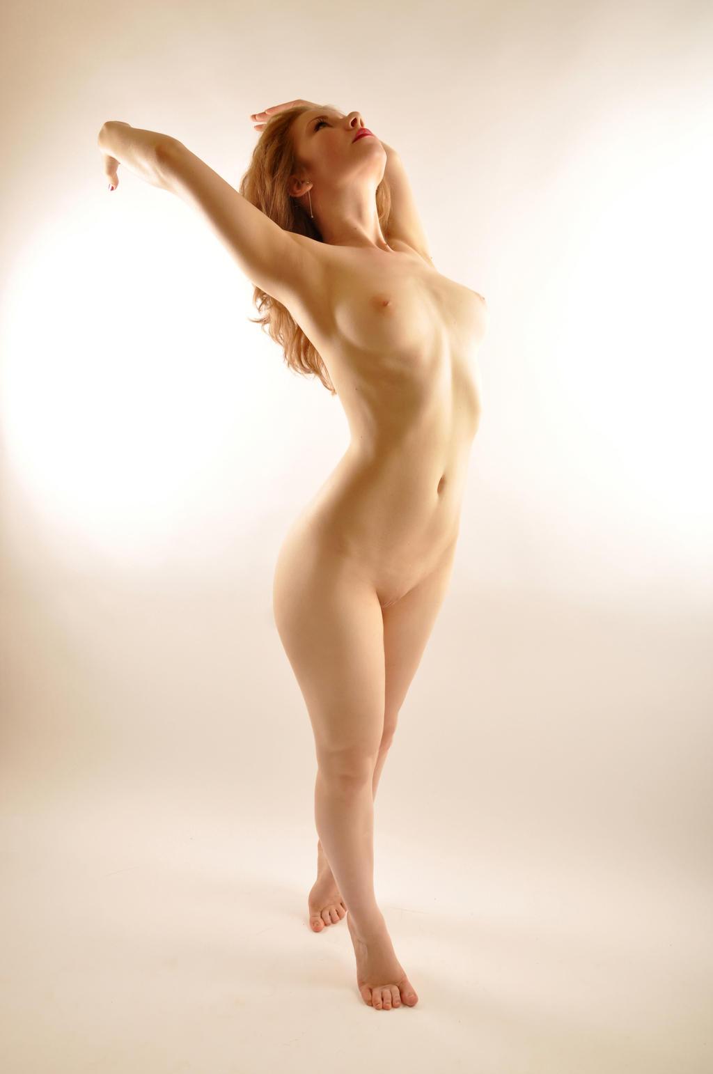 Nude Single Female On Daposes - Deviantart-4903