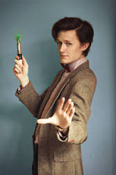 Doctor-y pose - Doctor Who Cosplay