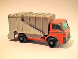 Matchbox Refuse Truck by eRiQ