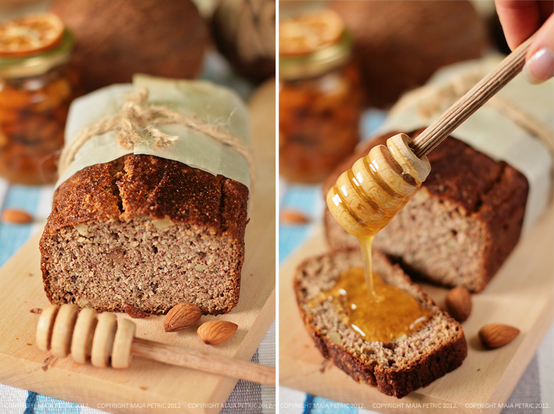 coconut and almond bread by pitrih