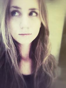 LoveLitArt's Profile Picture