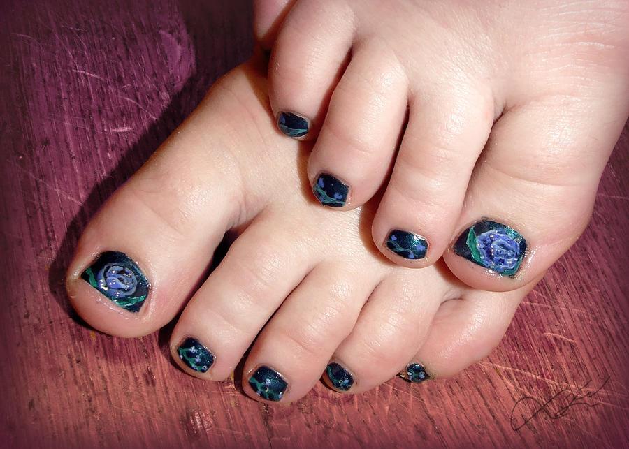 Pedicure Blue Rose Nail Art By Undomiele