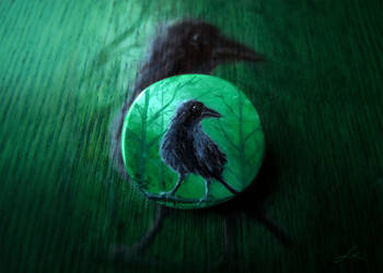 The Crow of the Misty Forest brooch by Undomiele