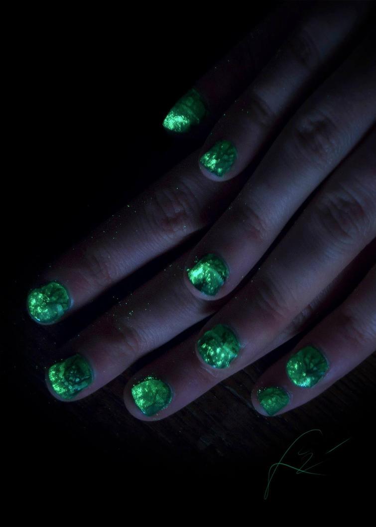 Glow in the dark Halloween owl nail art by Undomiele on DeviantArt