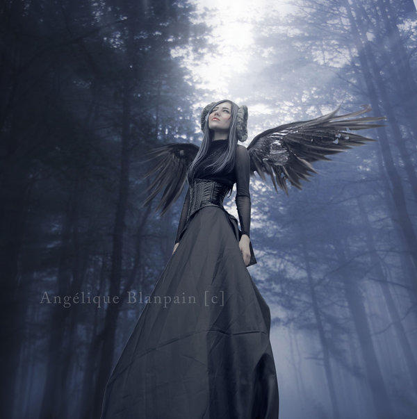 A dark angel in the light by Creamydigital