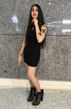 Isabelle Lightwood from Shadowhunters cosplay