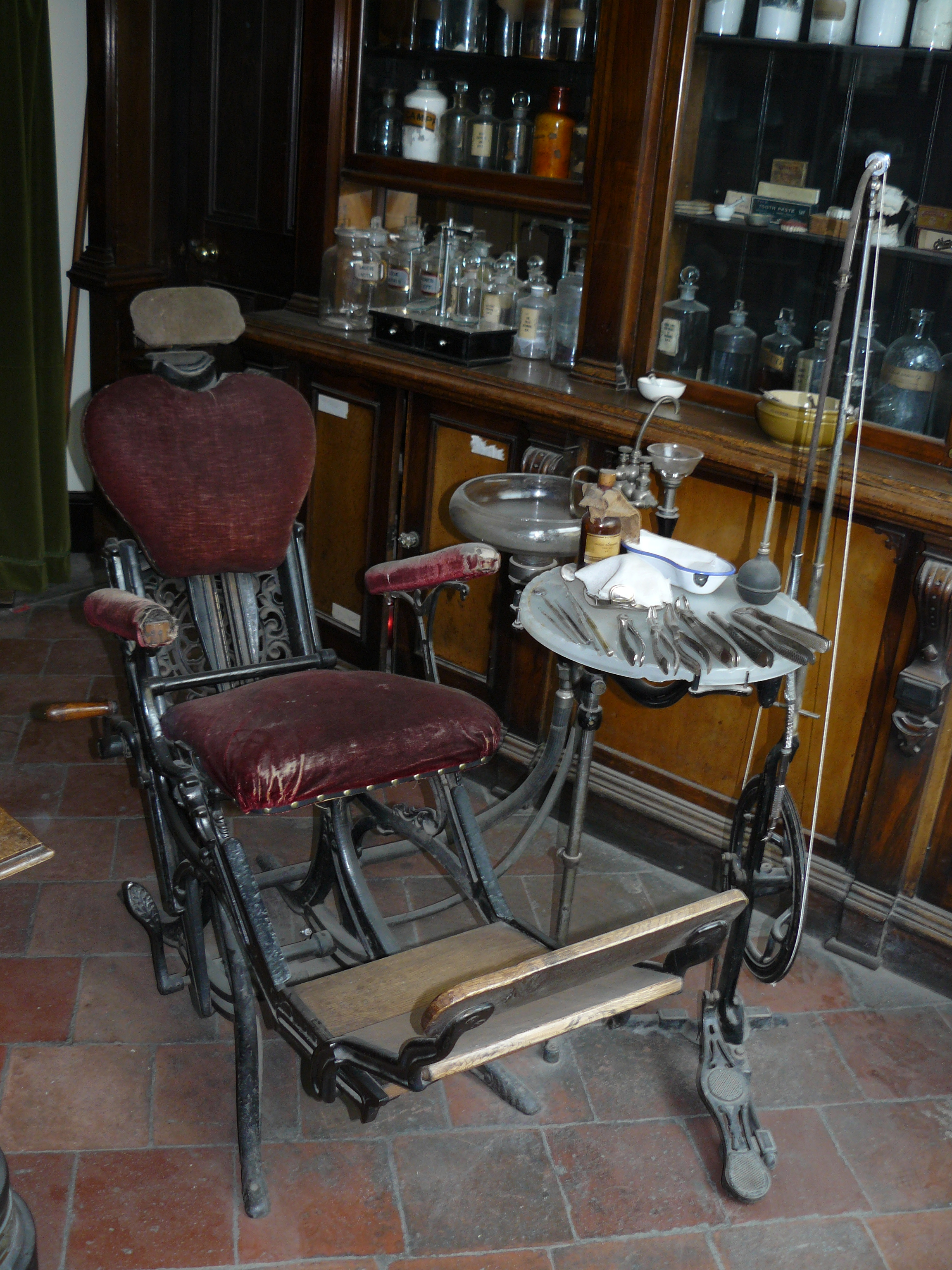 VICTORIAN DENTIST CHAIR O W by GRANNYSATTICSTOCK on DeviantArt