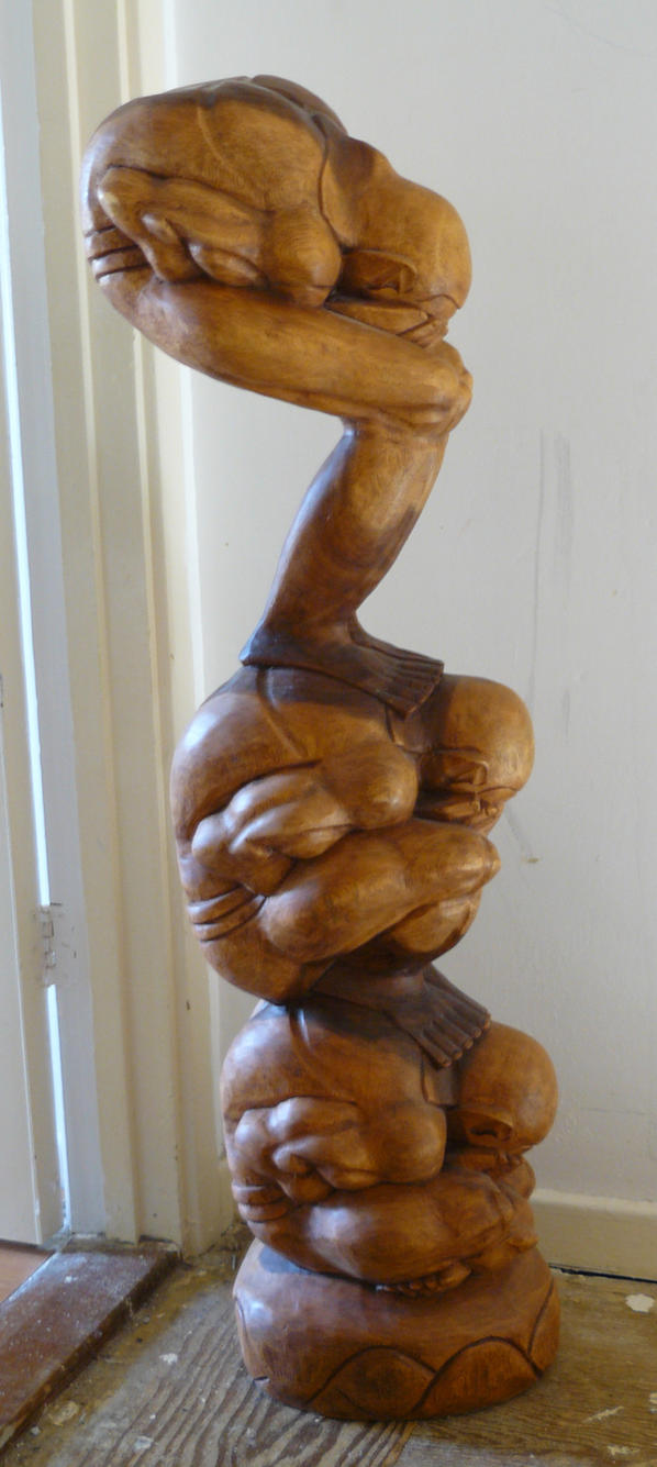 men wood carvings 4 by GRANNYSATTICSTOCK