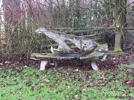 Grannysatticstock Old Bench