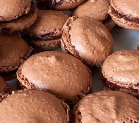 Macarons au chocolat 1of3 by Dimethil