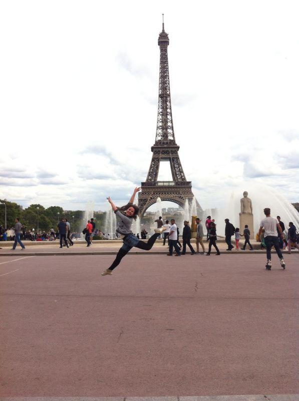Dancing in Paris by DehPiccini
