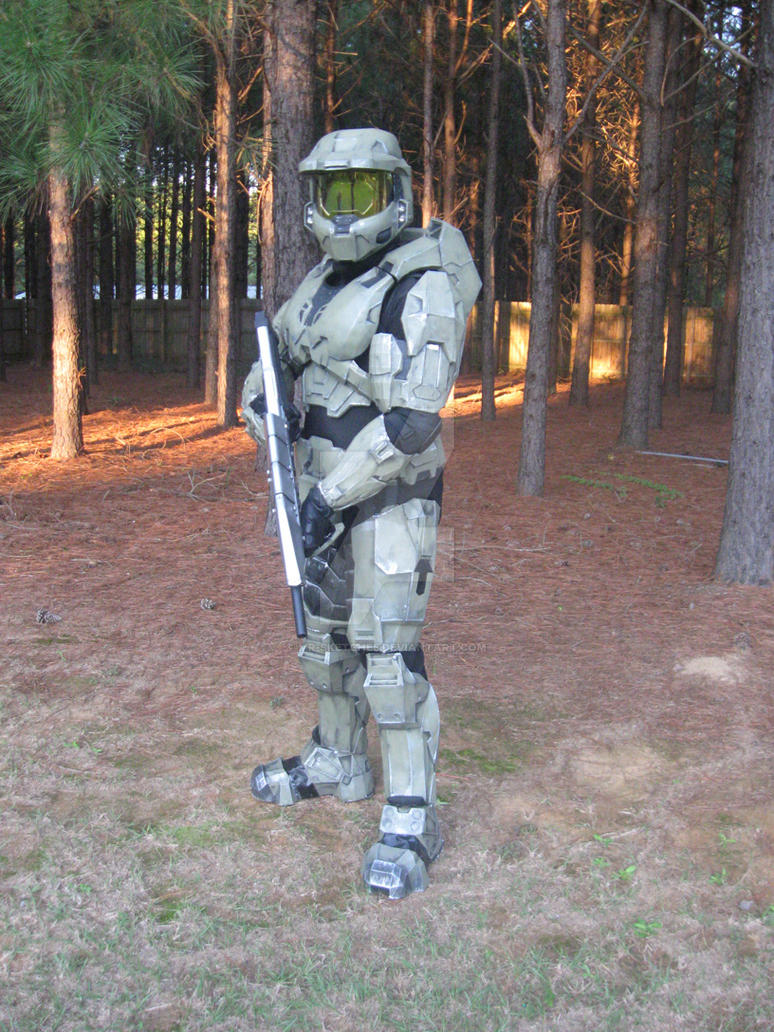 Halo Cosplay 1 - Master Chief by the-pooper