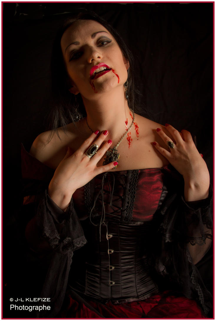 Bloody countess by Klefize by Eve-VelvetRose