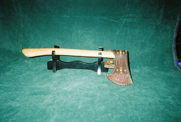 tomahawk with drop sheath