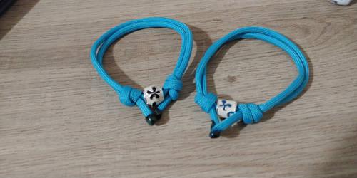 First Try! 2x Sliding Knot Paracord Bracelet.