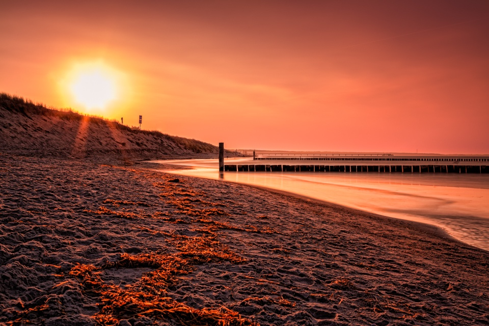 Baltic Sea sunset by hessbeck-fotografix
