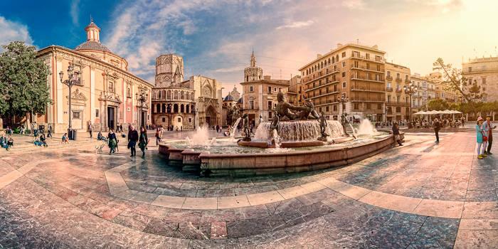 Plaza de la Virgen, Valencia, Spain