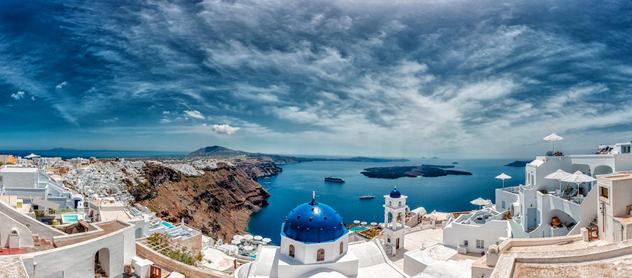 Santorini Panorama by hessbeck-fotografix