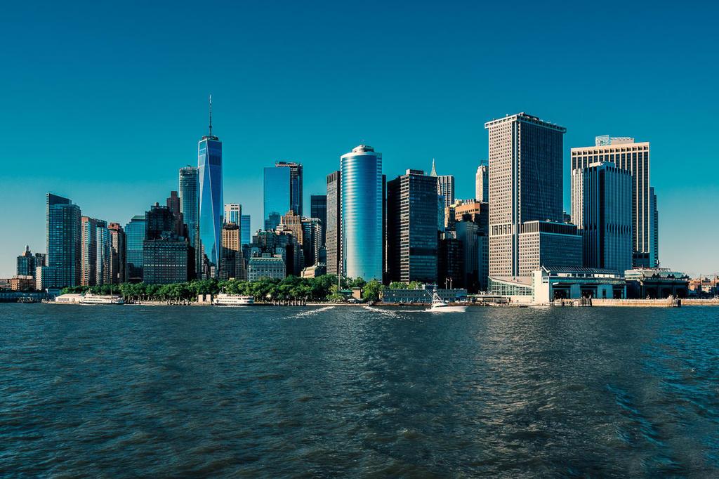 New York Skyline by hessbeck-fotografix