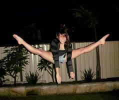 Split Jump by Imsarahx