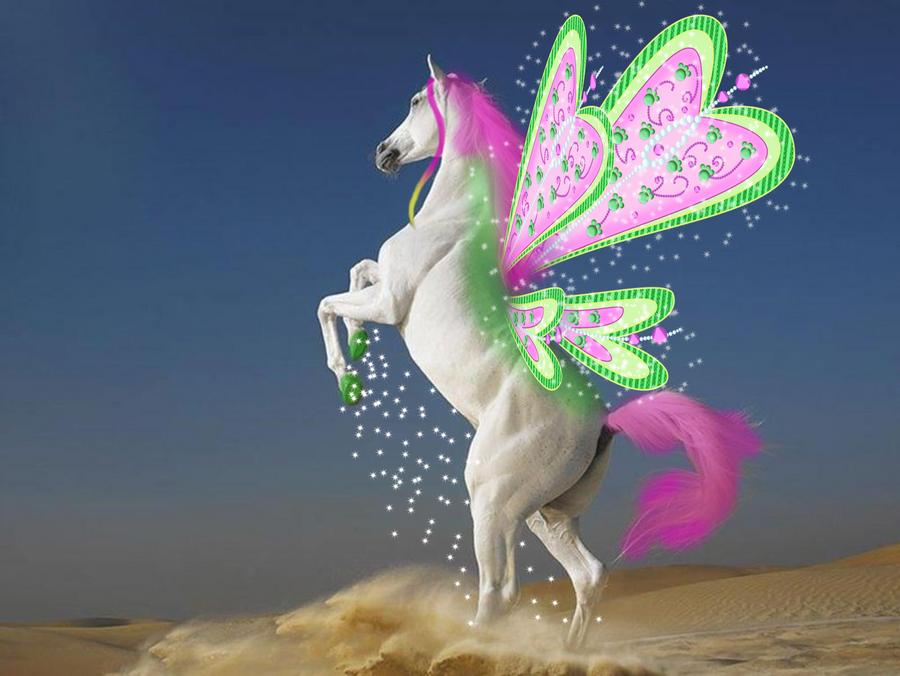 %¡Fotos Raras de Winx Club!& - Página 5 Horse_as_roxy_by_winxsparkle-d3kips9