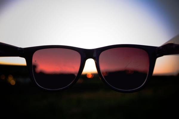 through the sunglasses. by lola-love-music on deviantART