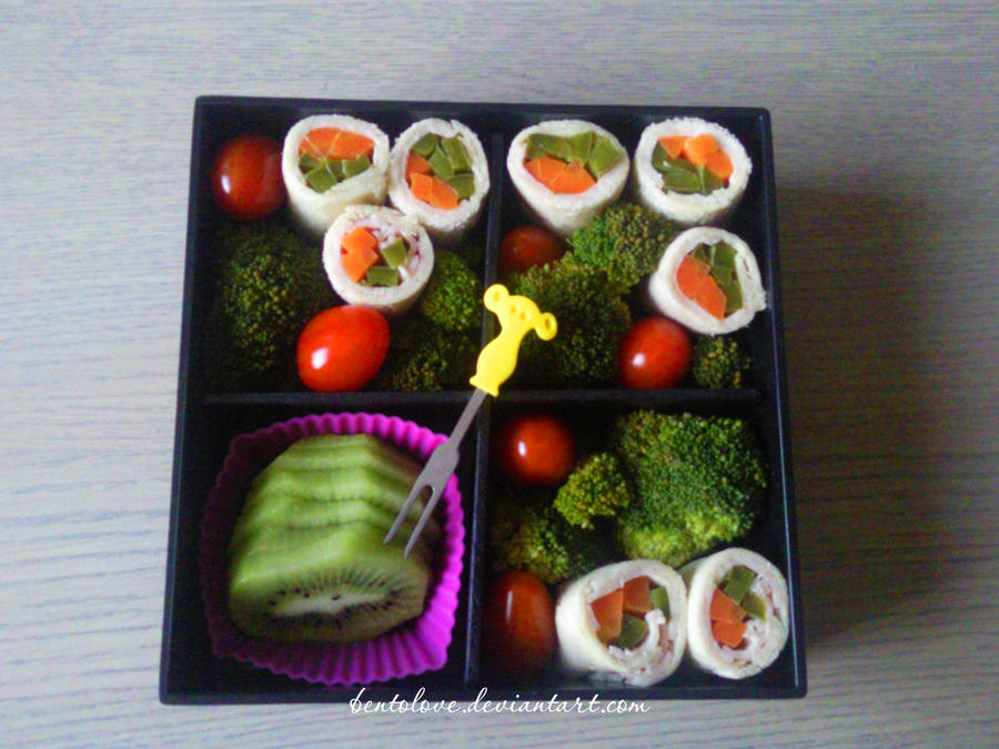 sandwich roll bento by BentoLove