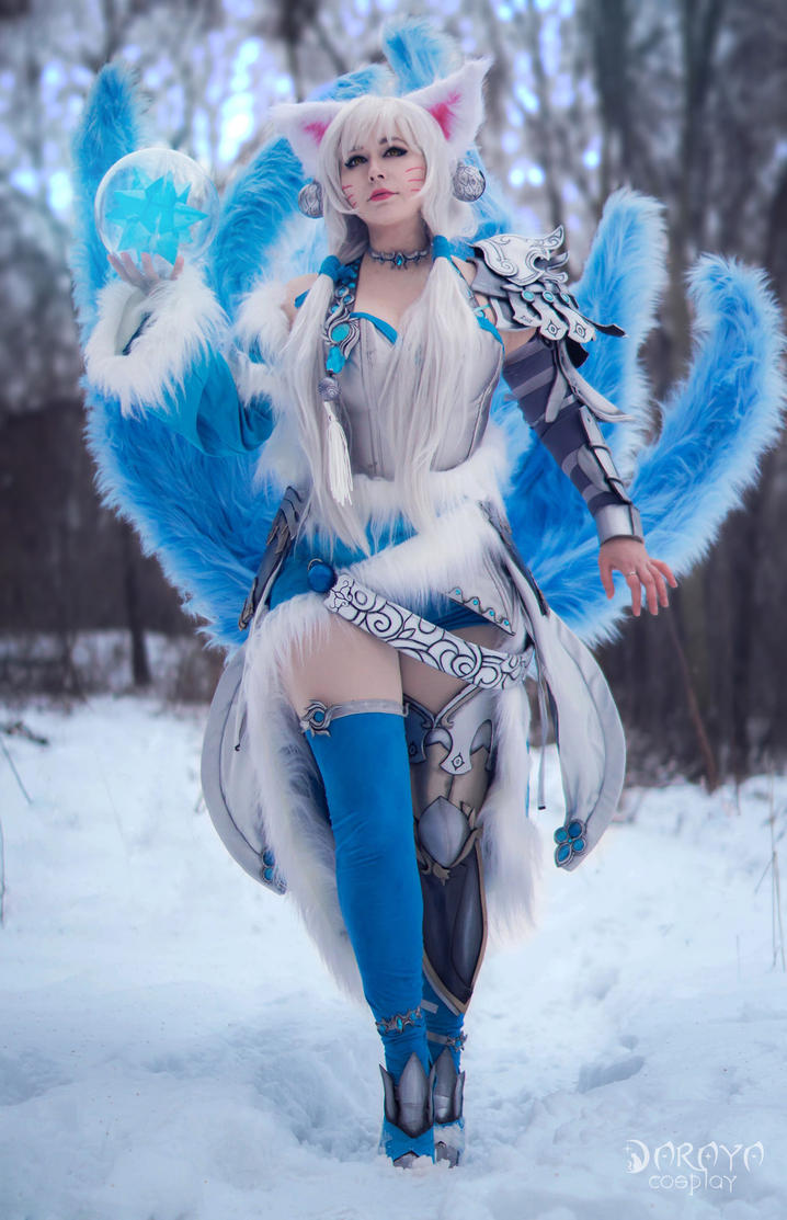 Ice Ahri in snow by Daraya-crafts
