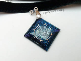 Spider galaxy pendant by Daraya-crafts