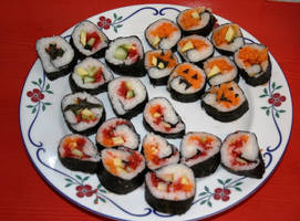 Halloween sushi by GingeriNosoulius