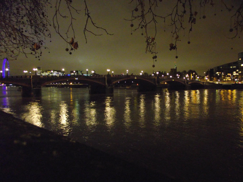Thames River At Night by Rob54613