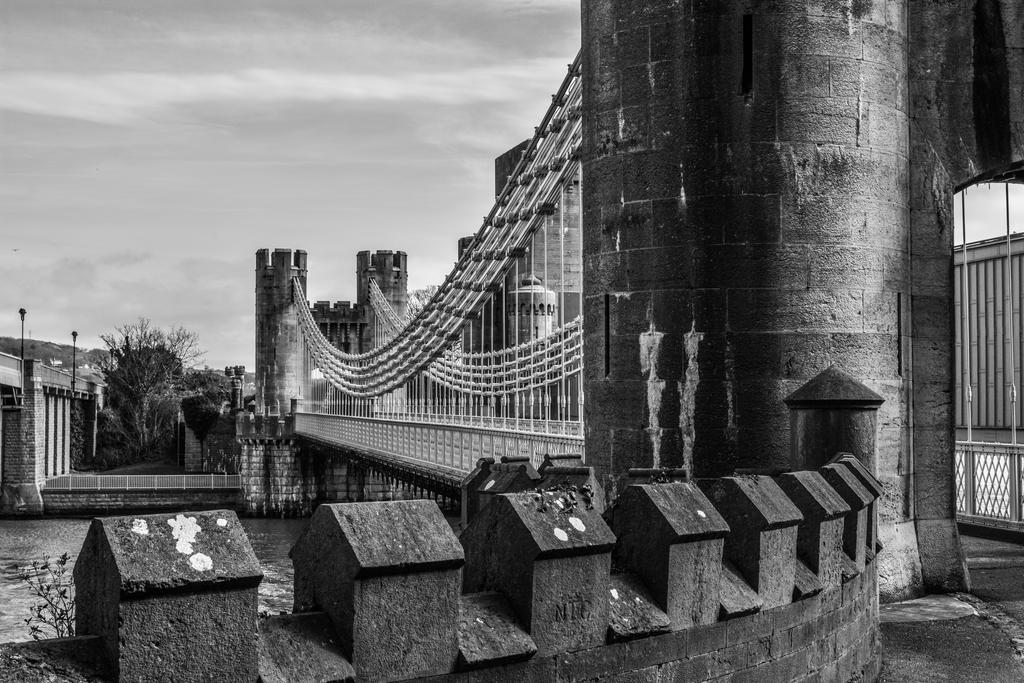 Conwy Castle (2) by friartuck40