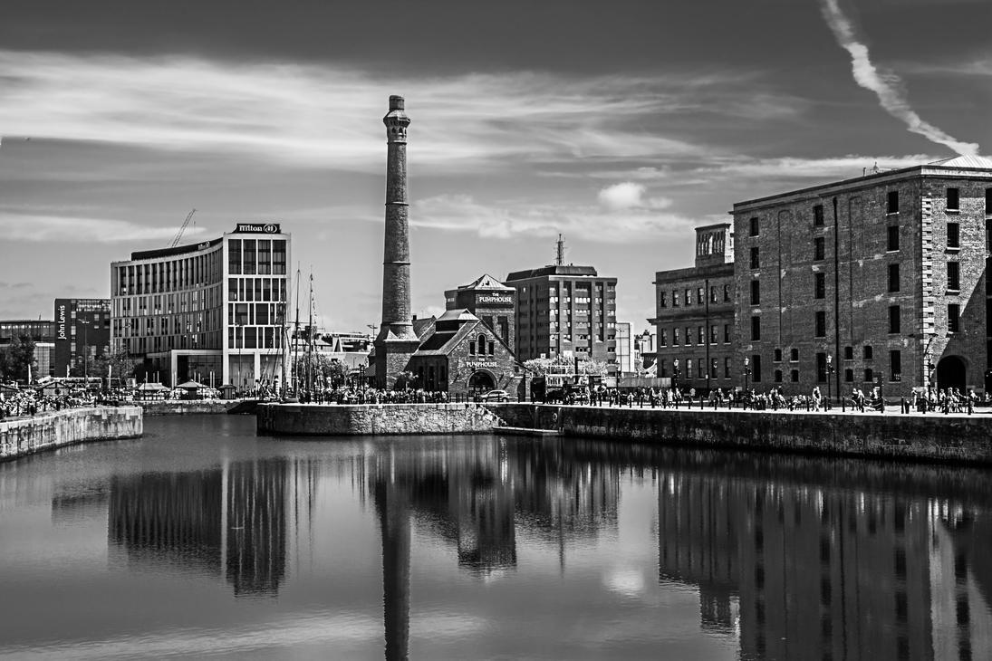 Albert Docks - Liverpool by friartuck40