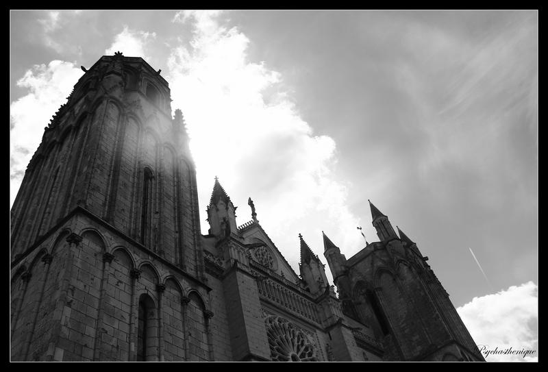 Poitiers by Psychasthenique