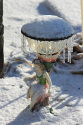 12-19 3661 Ice and snow on the Garden Fairy