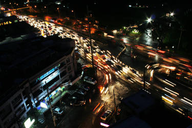 Rush hour at katipunan. by ishneak