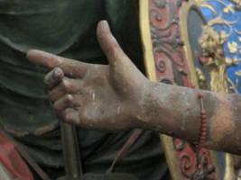 Hands 05