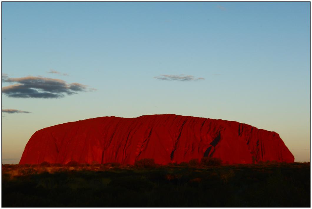 Uluru glows by wildplaces