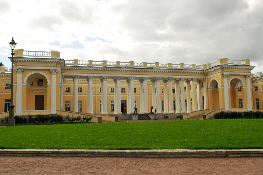 Alexander Palace, Tsarskoe Selo 1 by wildplaces on DeviantArt