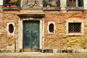 Venice - windows and doors 1