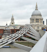 To St Paul's 1 by wildplaces