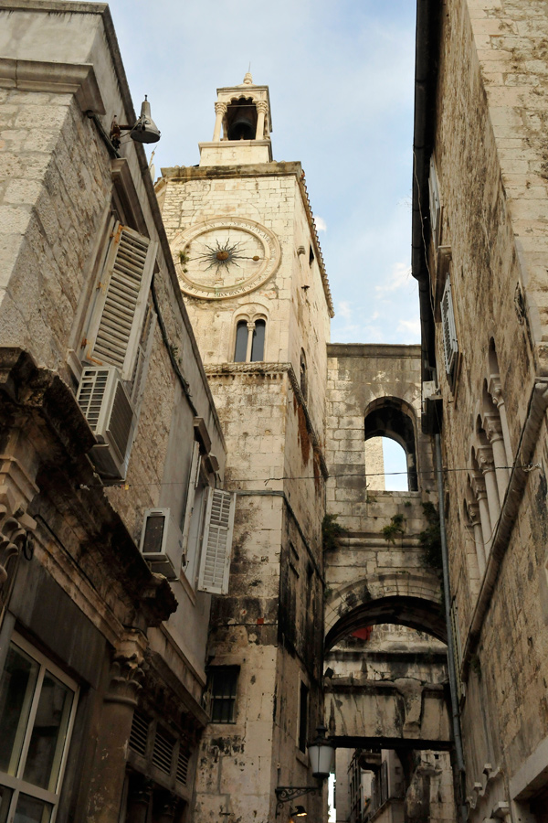 Split Old Town by wildplaces