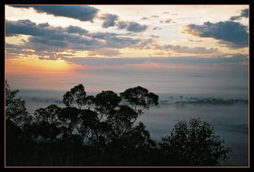 Escarpment sunrise 5 by wildplaces