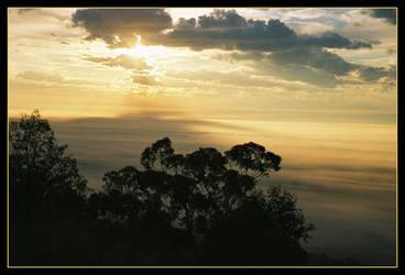 Escarpment sunrise 6 by wildplaces