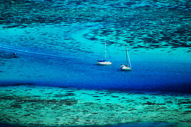 Mo'orea revisited - coloured waters