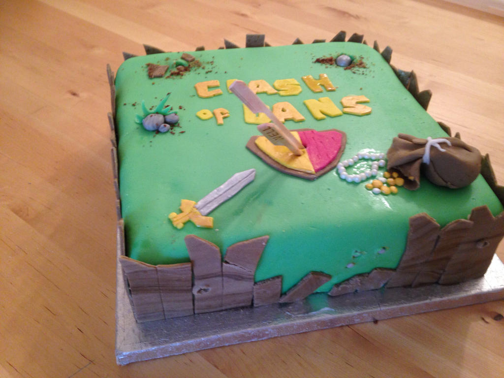 Clash of Clans birthday cake by Charley-Blue