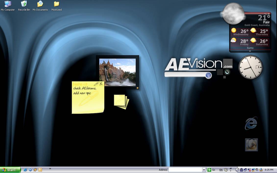 My Laptop Desktop :S