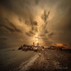 Chasing the sun by YagaK