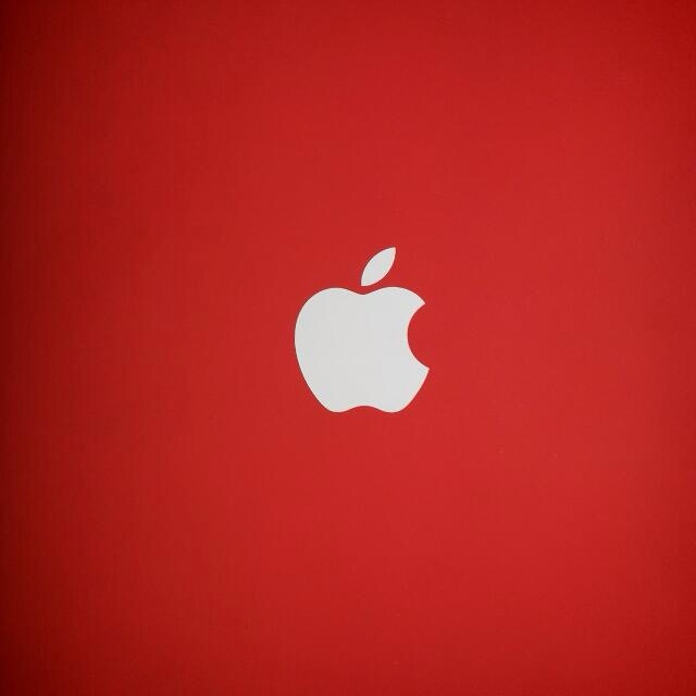 apple logo   red background by rohynrajesh on deviantart