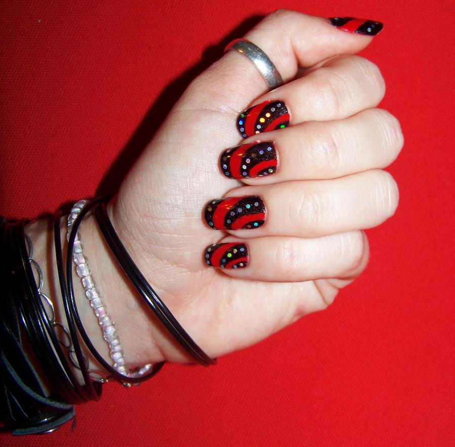 nail art rouge et noir 07 by cha 23h30 on deviantart. Black Bedroom Furniture Sets. Home Design Ideas